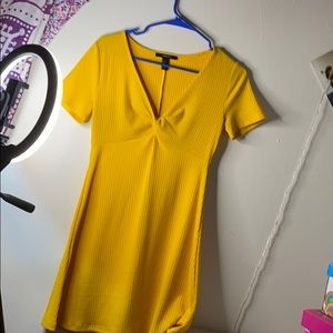 Short yellow dress
